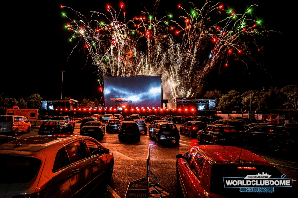 World Club Dome - Drive-In